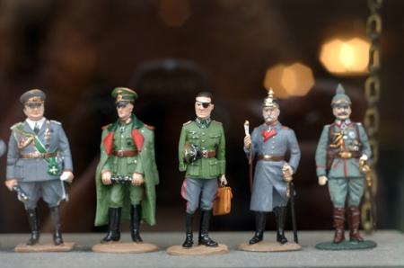 Zinnfiguren aus verschiedenen Kriegen