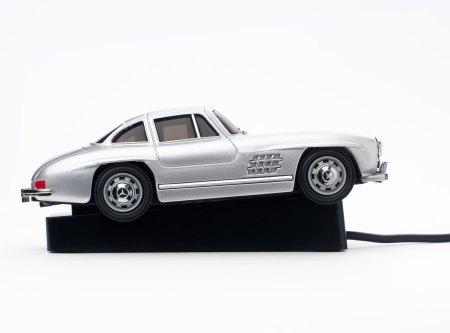Ein Mercedes-Benz 300 SL als optische Maus.