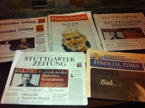 Deutsche Zeitungen nach dem Tod von Steve Jobs.