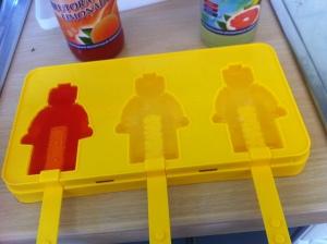 1x Blutorangen- und 2x Grapefruit-Saft in die Box