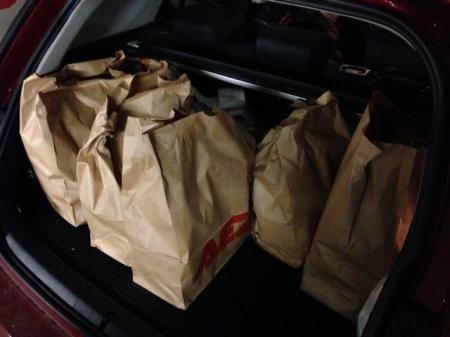 Nur ins Auto muss ich die Tüten noch selbst tragen.