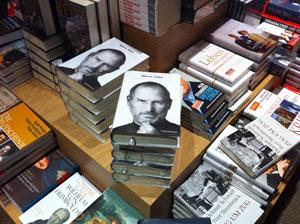 Steve Jobs Biografie als gedrucktes Buch.