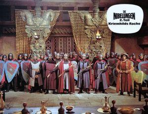 Gleich gibt es Kloppe für die Nibelungen. Den Soundtrack lieferte Rolf Wilhelm.