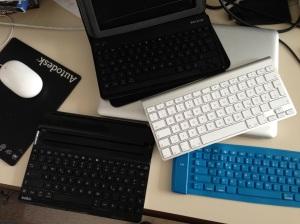Meine gesammelten Blauzahn-Tastaturen.