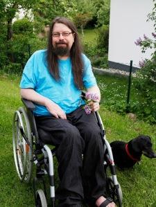 Ralf im Rollstuhl.