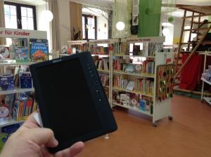 eBook-Reader in der Stadtbibliothek - kein Widerspruch.