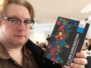Der Autor und das Buch.