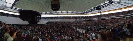 Die vollbesetzte Commerzbank-Arena in Frankfurt.