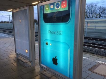 Apple drückt das iPhone 5c in den Markt.