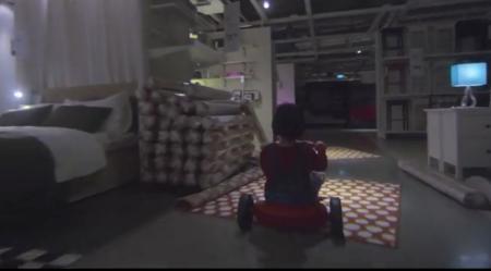 Danny bei Ikea.
