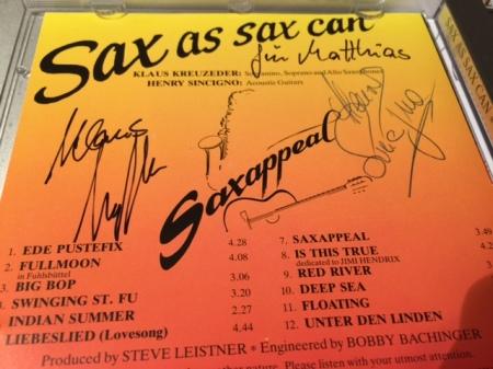 Klaus Kreuzeder und Henry Sincigno unterschrieben ihre CD für mich.