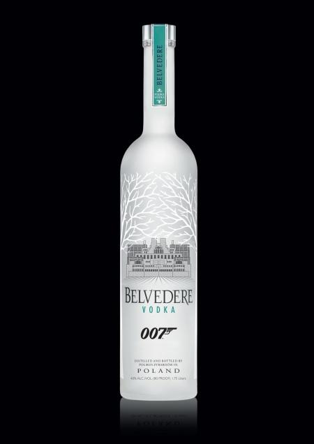 James Bond trinkt dieses Mal Belvedere Vodka - hier die Sonderedition von MI6.