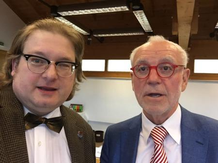 Dietmar Gaiser (r) im Gespräch mit Matthias J. Lange von redaktion42.