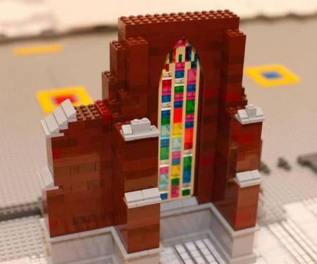Das Ulmer Münster wird in Lego nachgebaut. Foto: Legoland
