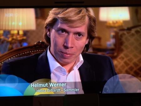 Der Wiener Sammler Helmut Werner besitzt das größte Erhardt-Archiv und bekam den Film. Foto: NDR