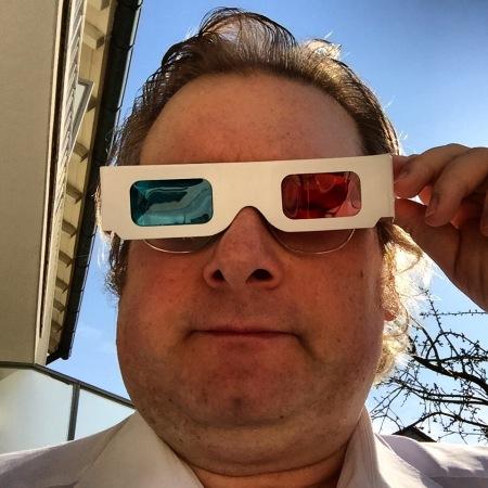 Ich hab nur Spaß gemacht mit meiner 3D-Brille: Ich und 3D, haha