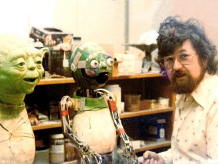 Yoda in der Produktion von  Nick Maley