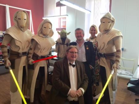 Yoda, Nick Maley, Clone-Wächter und ich.