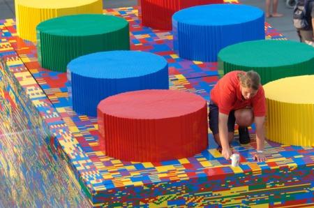 Der größte Lego-Stein der Welt soll im Legoland entstehen. Foto: Legoland