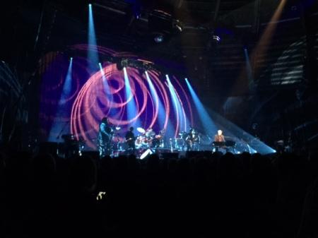 Auch die Lightshow hat in München bei Bryan Ferry gepasst.