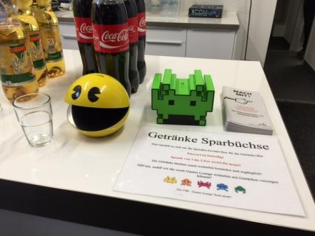 Sparbüchsen im Pac Man- und im Space Invaders-Design.