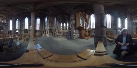 360 Grad Aufnahme der Frauenkirche Nürnberg. Wer es in 360 Grad sehen will, bitte den nachfolgenden Link klicken.