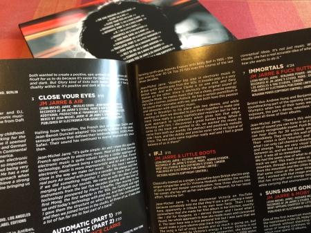 Im Booklet beschreibt Jarre sein Vorhaben.