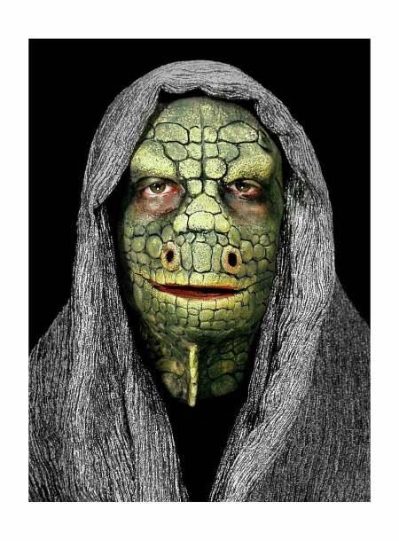 Vielleicht dieses Mal als Reptil ? Foto: maskworld.com