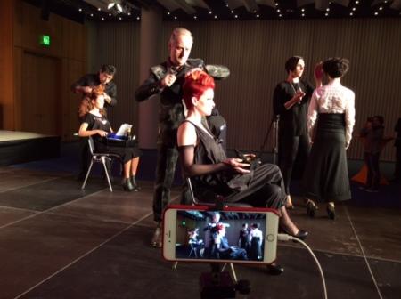 Creativdirektor Dieter Schöllhorn frisierte und ich war live dabei.