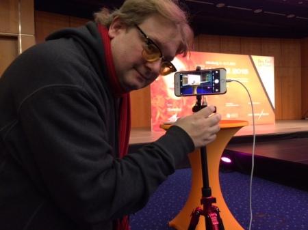 Periscope ist der Übertragungswagen in der Hosentasche. Hier bin ich bei der Übertragung mit dem iPhone.