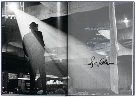 Phil Stern schuf wunderbare Bilder von Sinatra. Foto: Taschen