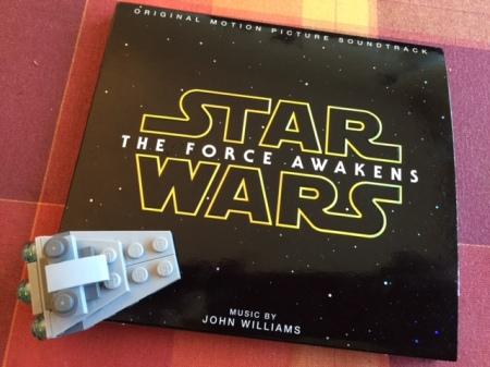 John Williams hat wieder den Soundtrack zum neuen Star Wars VII komponiert.