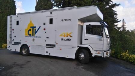 Der neue Ü-Wagen für den Papst. Foto: Sony