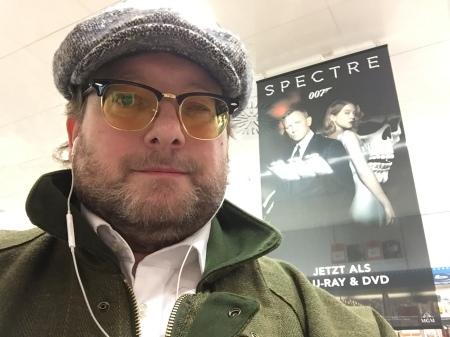 Spectre kam auf Blu ray raus und ich schaute ihn mir gerne wieder an.
