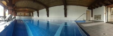 Das Schwimmbad im Hotel Prinz Luitpold Bad wurde komplett renoviert.