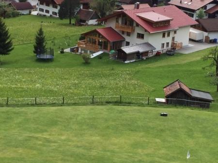 Ludwig dreht seine Runde im Hotel Prinz Luitpold Bad in Bad Hindelang im Allgäu.