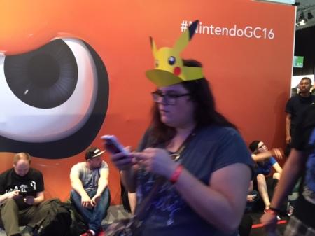 Der Messebesucher als Markenträger für Nintendo - wie genial ist das denn?