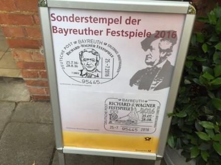 Es gibt einen Sonderstempel der Bayreuther Festspiele - allerdings für mich nicht.