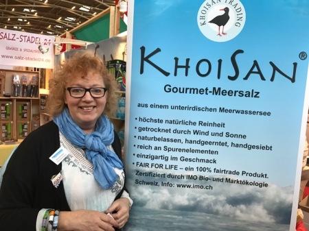 Annemarie Zimmermann von KhoiSan auf der Heim+Handwerk.