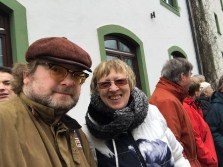 Ich stand neben Margret Kopp von der Togohilfe.