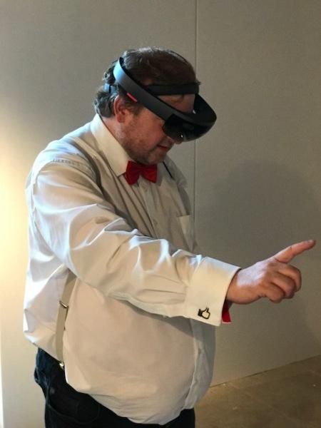 Arbeiten im virtuellen Raum - wahnsinnige Möglichkeiten ergeben sich.