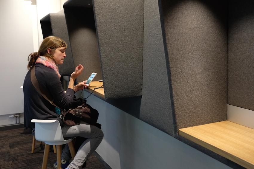 eindr cke von der neuen db lounge in n rnberg redaktion42 39 s weblog. Black Bedroom Furniture Sets. Home Design Ideas