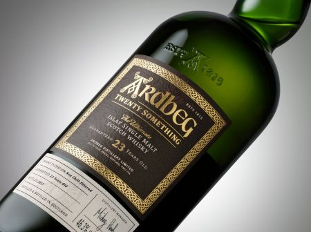 Der Ardbeg Twenty Something Committee Release.