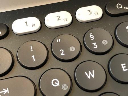 Eins, zwei, drei und alle Geräte werden mit einem Keyboard gesteuert.