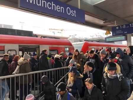 Das Gedränge am Ostbahnhof war groß.