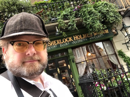 Mein neuer Deerstalker vom Sherlock Holmes Shop.