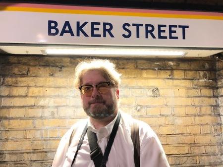 Eine berühmte Adresse - hier wohnt Sherlock Holmes.