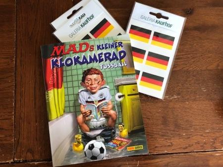 Ideale Klolektüre: MAD zum Thema Fußball.
