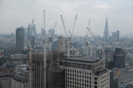Blick über London - es wird gebaut.