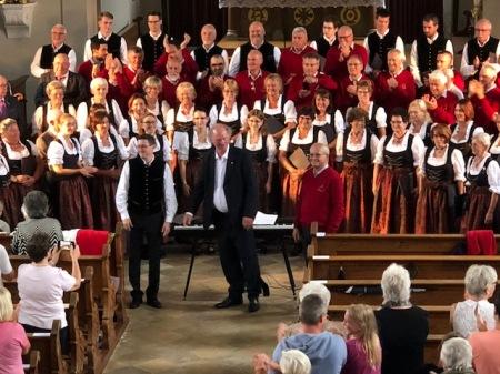 Die drei Dirigenten der drei Chöre in der Pfarrkirche Maisach.